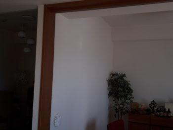 室内に窓を新設しました